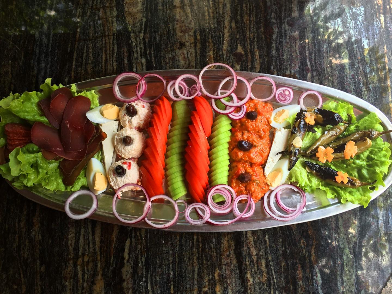 plato-emona-specialni-salati-menu-emona (Large)